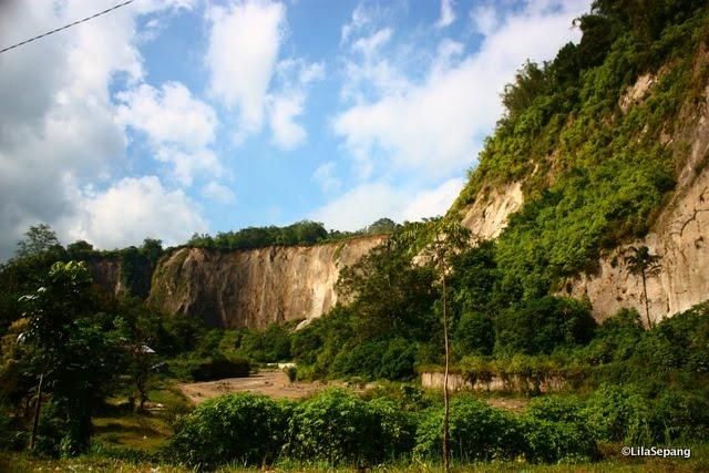 valley in bukittinggi