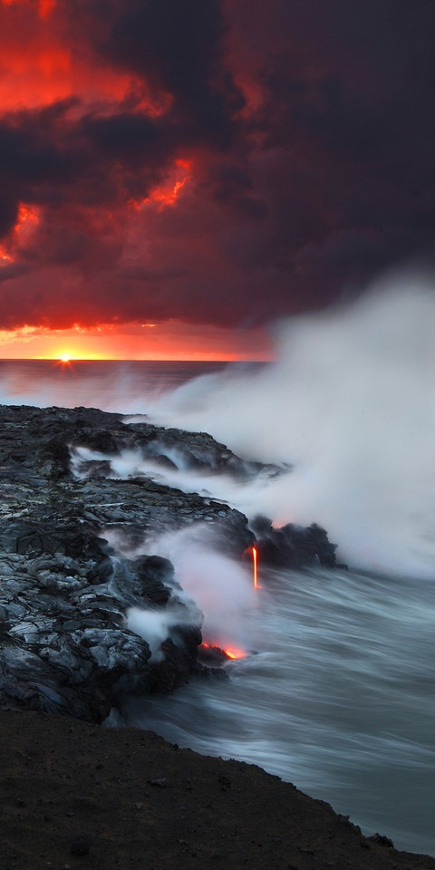Volcano lava in Kilauea, Hawaii • photo: CJ Kale on SmugMug