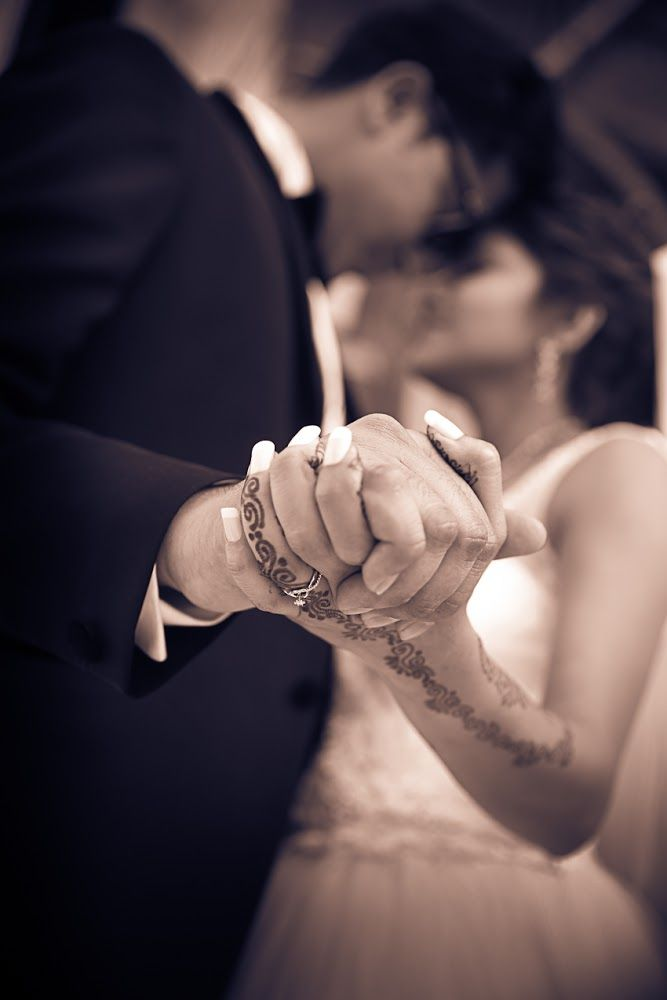 ✨Photo by Stenny Photography, Ahmedabad  #weddingnet #wedding #india #indian #indianwedding #weddingdresses #mehendi #ceremony #realwedding #lehenga #lehengacholi #choli #lehengawedding #lehengasaree #saree #bridalsaree #weddingsaree #photoshoot #photoset #photographer #photography #inspiration #planner #organisation #details #sweet #cute #gorgeous #fabulous #henna #mehndi