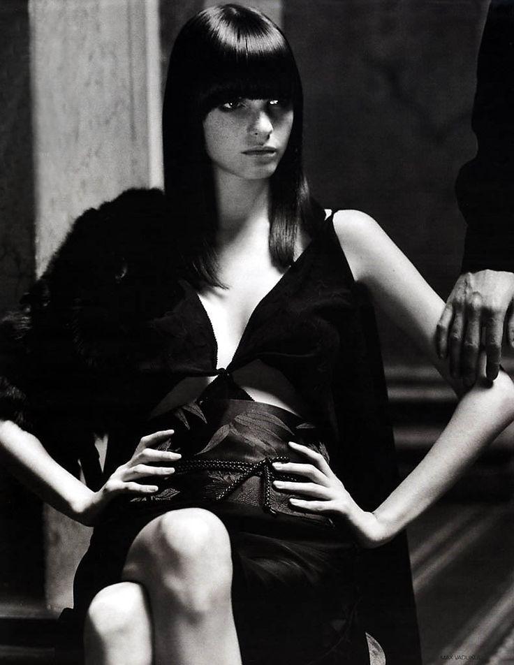 Vogue Russia September 2002 Model: Jeisa Chiminazzo Photographer: Max Vadukul