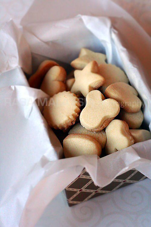 Butter Cookies | Butter Cookies Recipe~T~ Haven't tried these yet. Interesting.