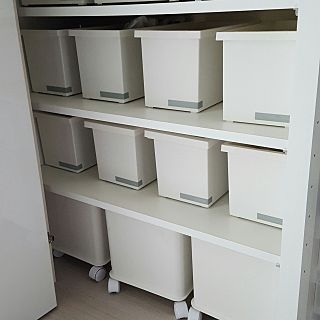 RoomClipの部屋写真を参考に、「【衣替え】 【収納ボックス フタ付】ファボーレヌーヴォ ボックス S」を購入することが出来ます。RoomClipでは部屋写真に写っている商品情報も登録できます!