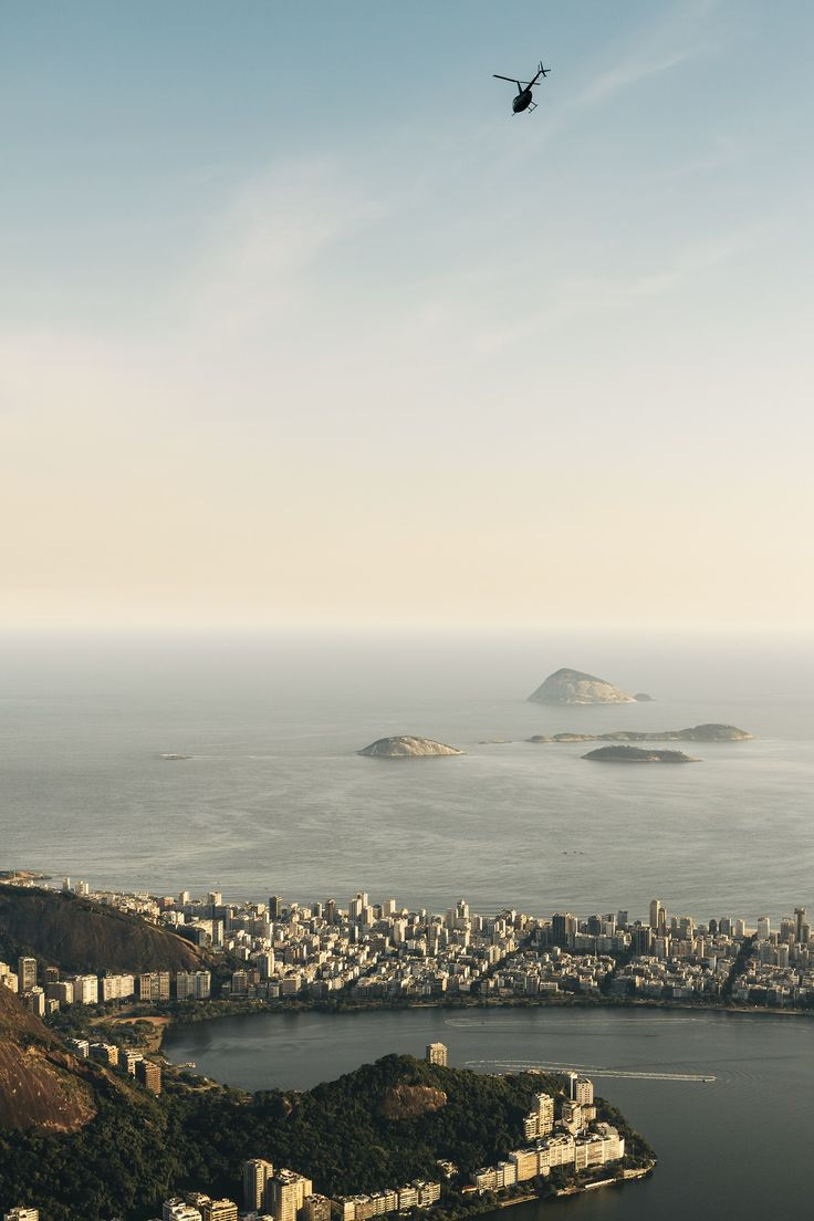 Get an overview of Rio's most important sights during this comprehensive tour. With a local guide, visit Copacabana beach, travel through the Tijuca Forest, stopping at Paineiras on the way up Corcovado to see the Christ the Redeemer statue, and much more!
