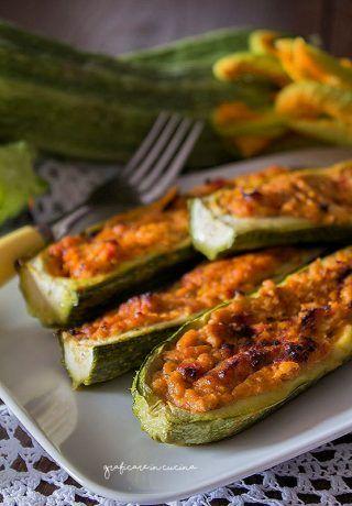 Zucchine ripiene con tonno e pomodoro