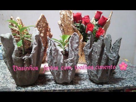 Vasinhos feitos com toalhas e cimento