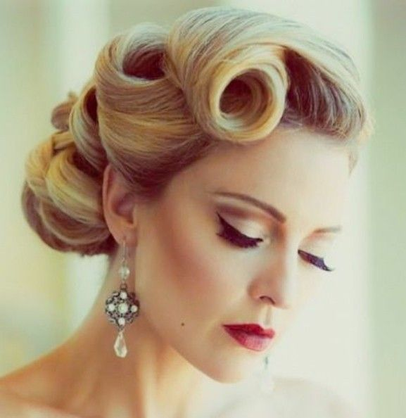 Coiffure Gatsby Femme Cheveux Long Coiffures Populaires