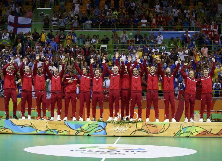 Se de fantastiske jubelscener: Sådan ser det ud, når Danmark vinder OL-guld!