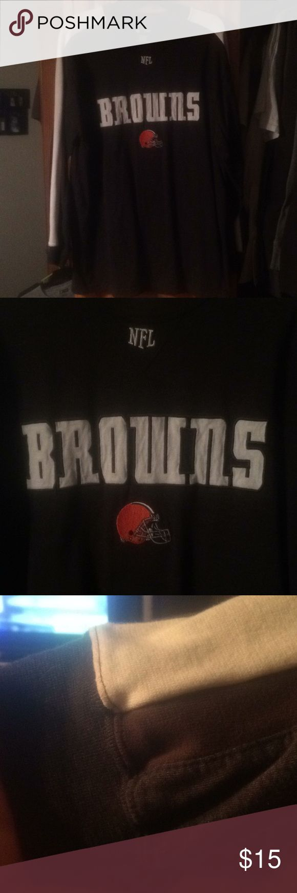 Cleveland Browns long sleeve T-Shirt Excellent shape NFL team apparel. 60/40 Cotton polyester. All embroidered logo with a 2 tone brown and cream color on sleeves and shoulder. Non smoking home NFL Team Apparel Shirts Tees - Long Sleeve