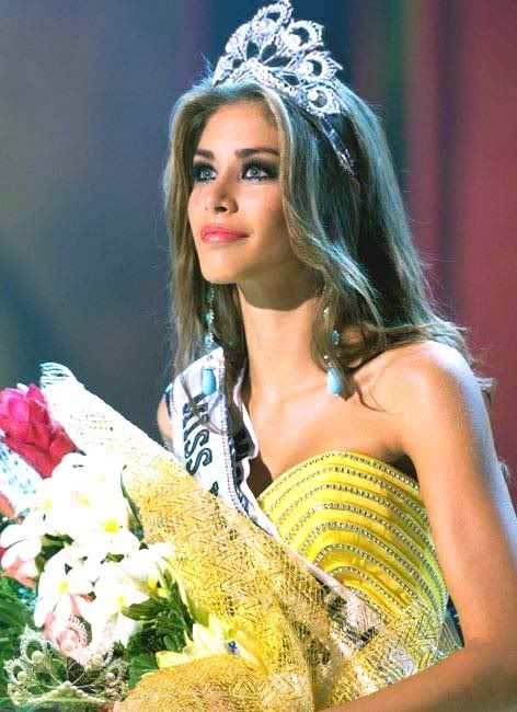 There must have been at least three crowns floating around as the winner of this system when Dayana Mendoza won Miss Universe in 2008.