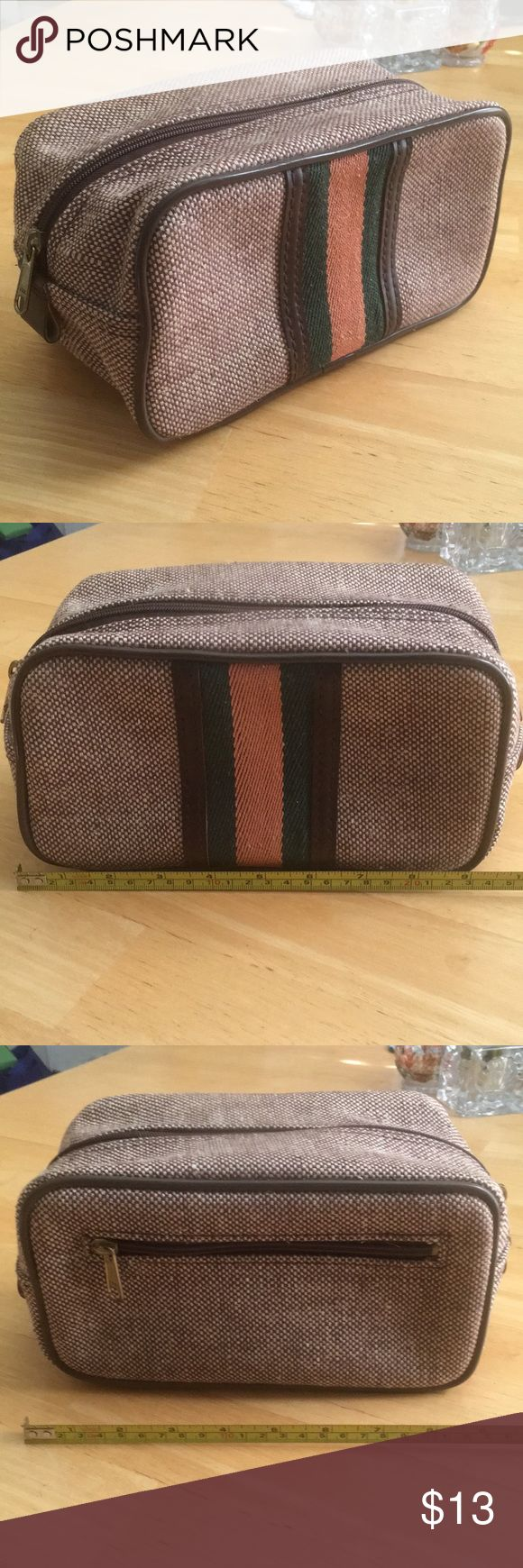 Make up toiletry bag vintage Make up / toiletry bag  Appears to be vintage  Dura…