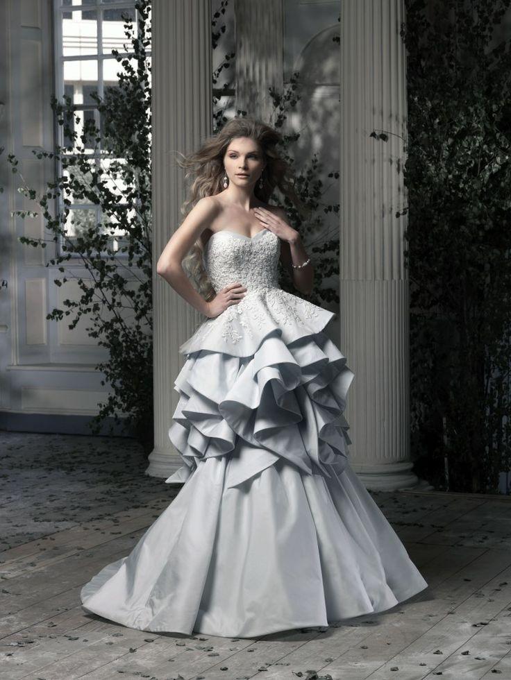 104 best Love That ♥ Ian Stuart images on Pinterest   Short wedding ...