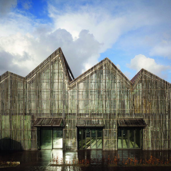 MSF Reynaers. Thermally broken windows and doors. Great architecture and interior design.