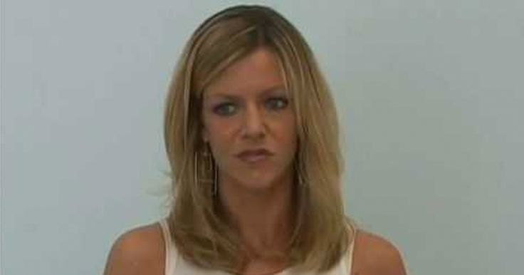 Watch Kaitlin Olson's audition to play Dee on It's Always Sunny In Philadelphia.