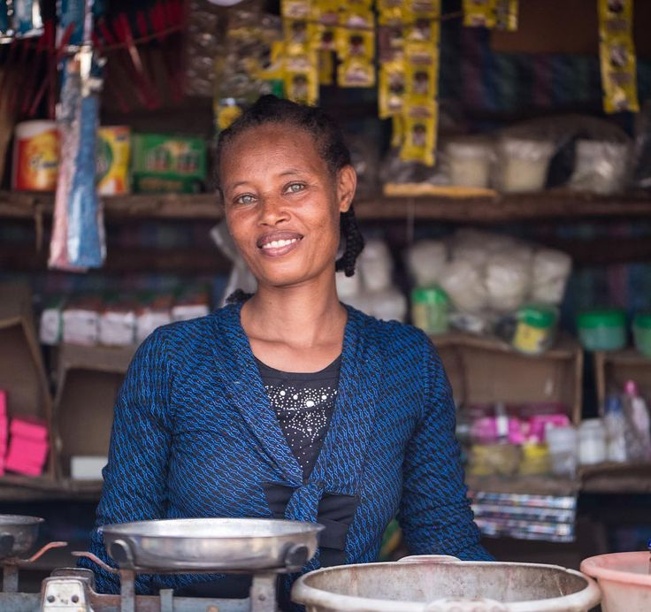 Amber will be in a town-hall meeting this afternoon speaking with women on their clothing co-op. Legacy wants to continue to help improve living and working conditions in anyway possible for these women. #LightTheWay4Legacy #ethiopia #legacy #eleventhcandleco