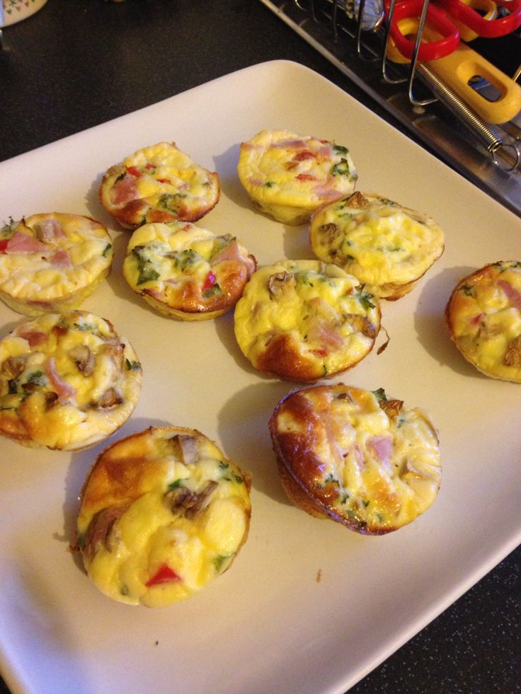 Slimming world mini crustless quiches. Chop your filling into small pieces, i used red pepper, mushrooms, bacon and kale, sprinkle into muffin tray, mix 100g quark with 6 eggs, pour into muffin case just enough to cover veg. Bake on gas 4 for 20 mins, Makes 12 :) better eaten hot but I took some to work the next day and are them cool, they were just as good