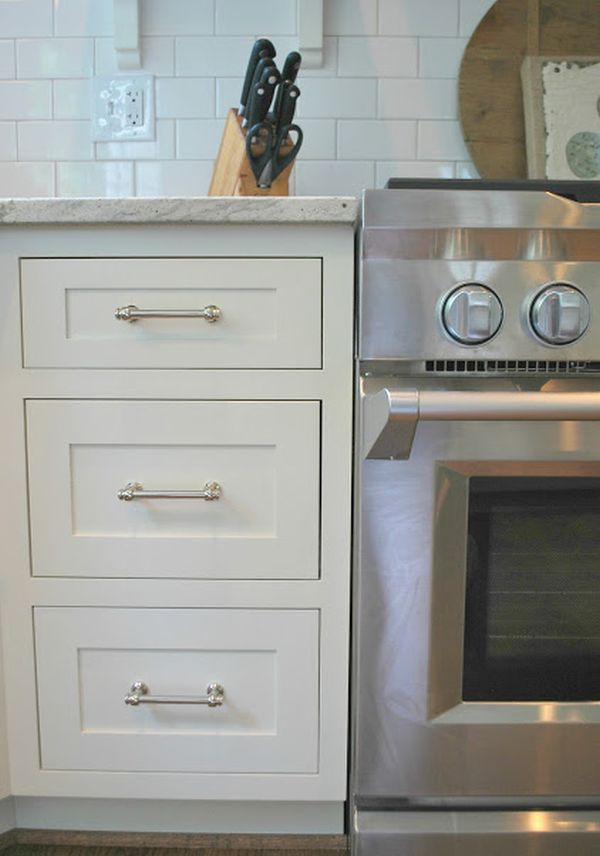 20 Best DIY Kitchen Upgrades: small to medium sized upgrades you can do one by one to add function and appeal to your kitchen