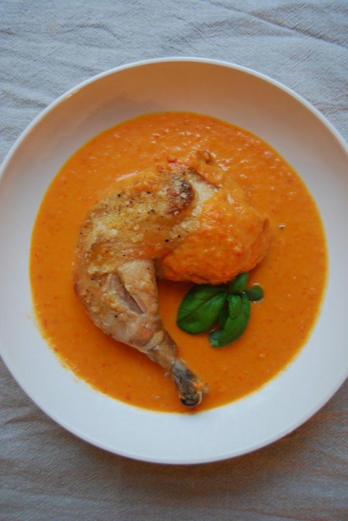Kylling i form med ananas- og paprikasaus - Just Another Food Story