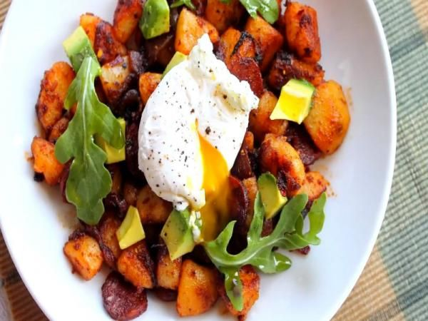 Chorizo Hash with Poached Egg & Breakfast Pizza Recipe Video by StevesCooking | ifood.tv