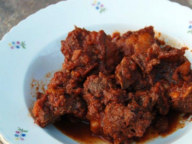 Spezzatino di Cinghiale: Wild Boar Stew