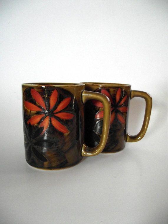 1970s Mugs Coffee Tea Daisy Orange Olive by StilettoGirlVintage