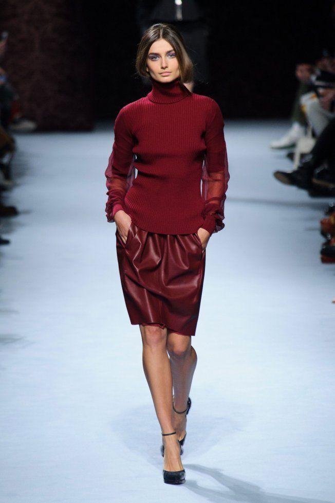 Défilé Nina Ricci automne hiver 2014-15 : On ose la jupe en cuir rouge ! #PinPFW