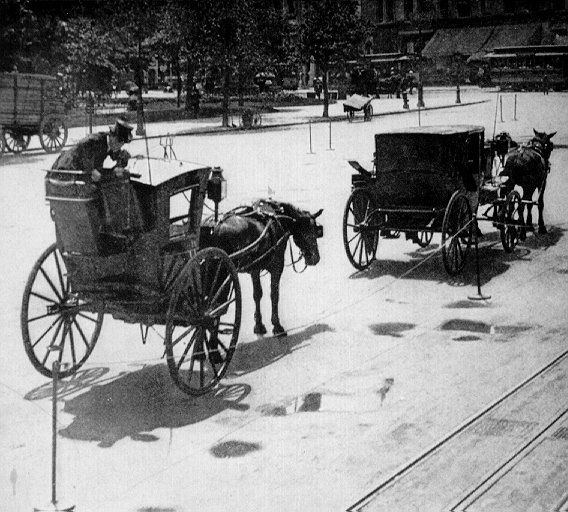 1906 November - Two-wheeled hansom cab and Mr. Thumbleru0027s four-seat hack. According to American author Vance Thompson in those days to be a cabber ... : hack chaise - Sectionals, Sofas & Couches