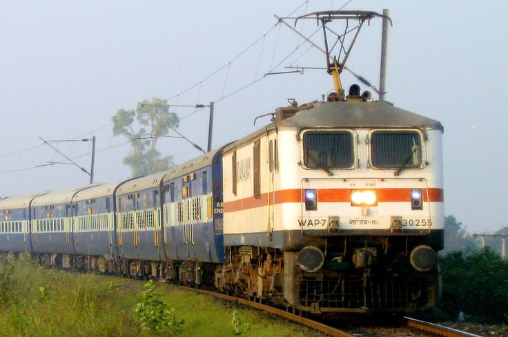The complex timetable of the local trains that takes over a fortnight to prepare is one of the most time-consuming responsibilities of the railway officials. Well, not anymore! A team of professors from Indian Institute of Technology, Bombay (IIT-B) has collaborated with the Central Railway to write algorithms that'd create timetables in under five minutes.