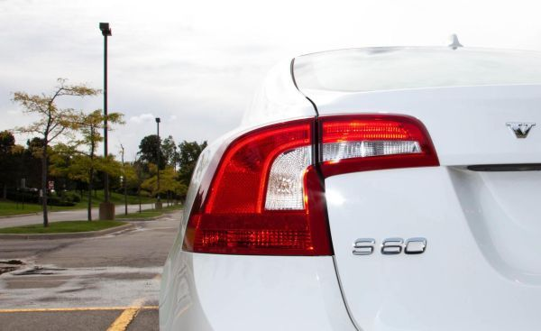 Volvo S 60 taillights boomerang design