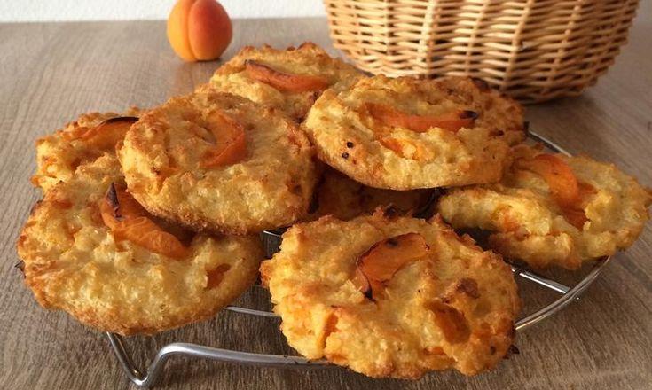 Meruňkové cookies s kokosem