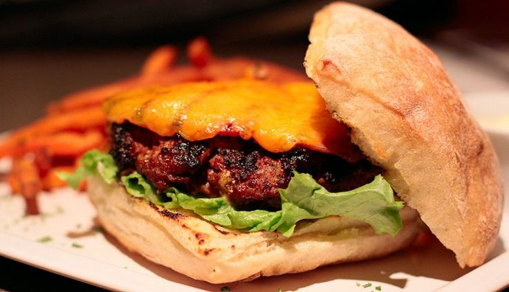 Myron Mixon's Whistler Burger -A prize-winning creation from a BBQ ...