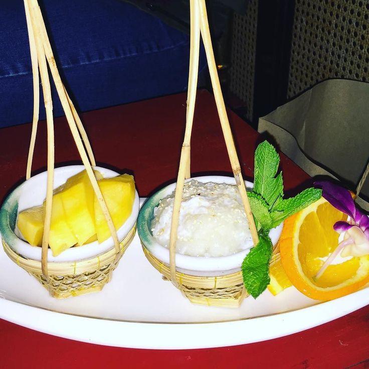 Mango-Dessert bei #Angkor. Nicht nur schön sondern auch lecker justi  #dessert#food#foodporn#asia#asiafood#mango#zürich#zurich#indtafood#rice#reis#kolacja#jedzenie#lecker#deko#foodart #localgastro #localina