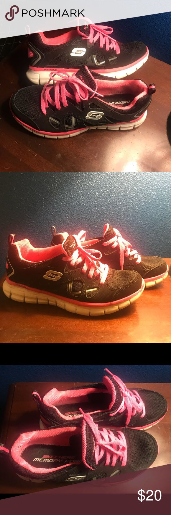 Skechers Memory Foam Sneakers Athletic Shoes EUC Hot pink and Black Sketchers with Memory Foam. Size 5.5 in Women's. Super comfortable athletic shoes in superb condition.  These were just a little bit small for me. Sketchers Shoes Athletic Shoes