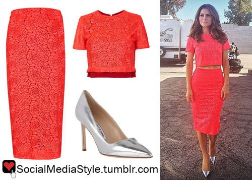 Maria Menounos instagrammed THIS photo from the set of Real Husbands of Hollywood. She is wearing the A.L.C. Thompson Top and A.L.C. Towner Skirt. This outfit has also been spotted on a bunch of...