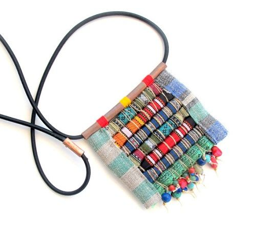 Love this Rolled Fabric Beads Pendant Necklace by Gilgulim ~ The Beading Gem's Journal #FiberJewelry #FabricBeads #Neckties