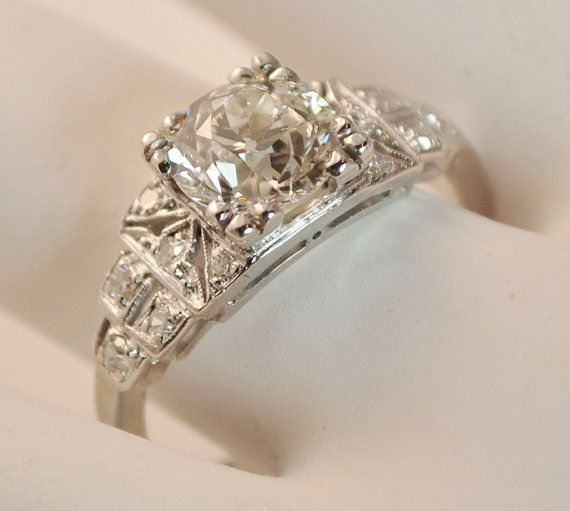 1920's deco engagement ring - Beautiful!! I'm in love with this ring! <3
