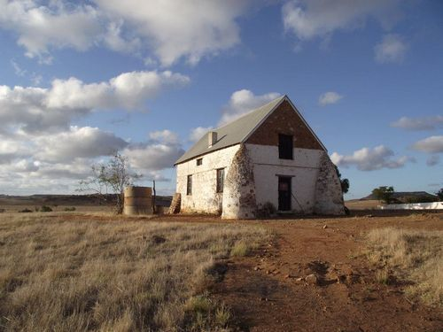A list of haunted places in Western Australia :)