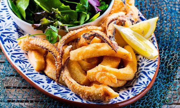 Choco frito, a receita mais típica de Setúbal e um dos petiscos melhores para pôr na mesa.