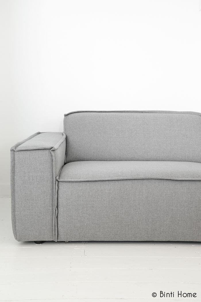 Binti Home Blog: How to style your sofa in 3 different ways + video // Drie stijlen voor de aankleding van je (grijze) bank
