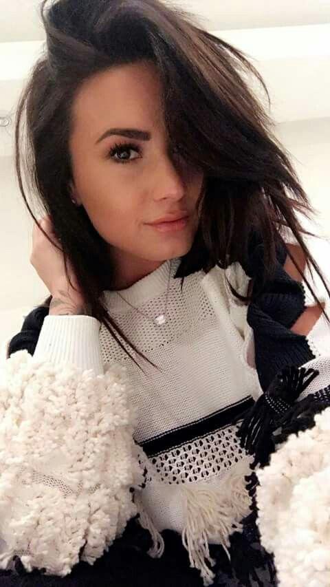 Épinglé par Marc sur Demi Lovato Belles actrices