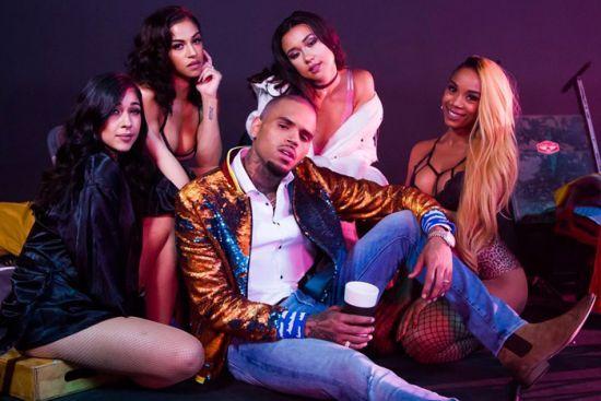 """Chris Brown grava clipe de """"Privacy"""" #Cantor, #ChrisBrown, #Clipe, #Foto, #Fotos, #Lançamento, #Mulheres, #Noticias, #Novo, #NovoSingle, #Single http://popzone.tv/2017/03/chris-brown-grava-clipe-de-privacy.html"""