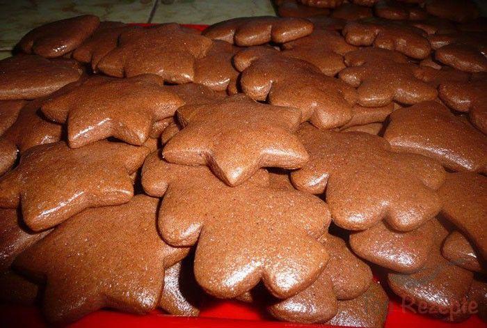 Weiche Lebkuchen, die auf gar keinen Fall auf dem Weihnachtstisch fehlen dürfen.