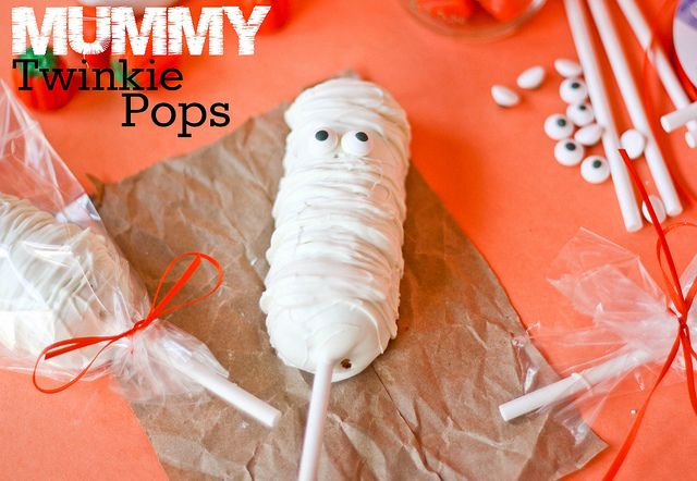 Love love love! Mummy Twinkie Pops by Confessions Of A Cookbook Queen