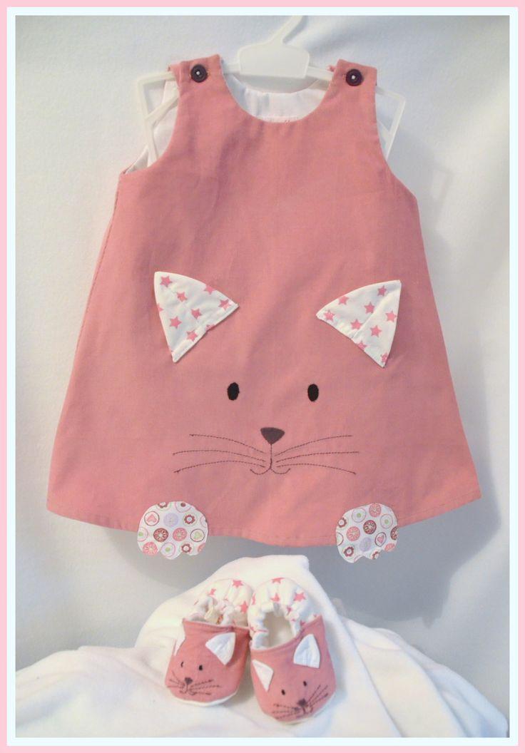 """Robe velours """"petit chat"""" version hiver du 3 mois au 12 mois (sur commande)"""