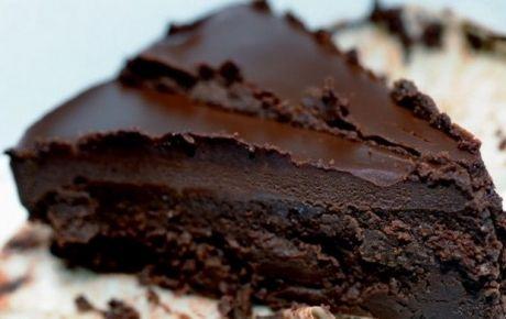 Σο-κόλαση με γέμιση και ganache σοκολάτας χωρίς αλεύρι, εύκολη!