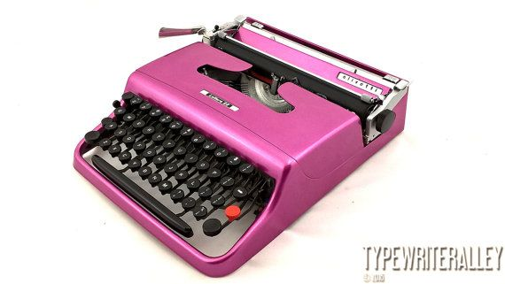 The best working typewriter !!! Mighty magenta OLIVETTI LETTERA 22 1957,  Olivetti typewriter, vintage typewriter, portable typewriter,pluma