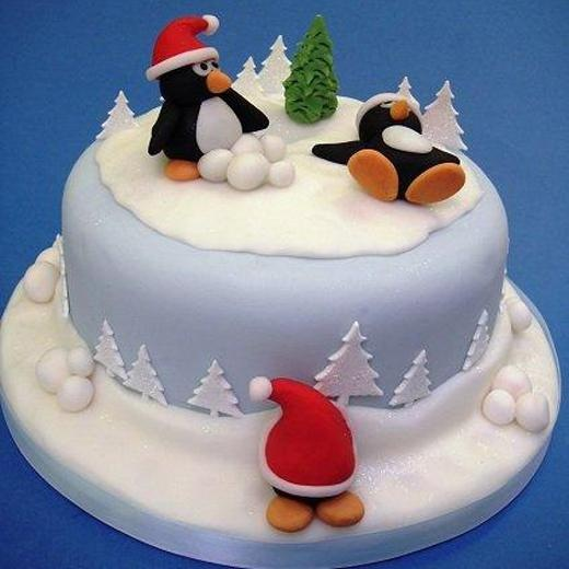 Christmas Cake Ideas Penguins : 17 Best images about Christmas Cake Ideas on Pinterest ...