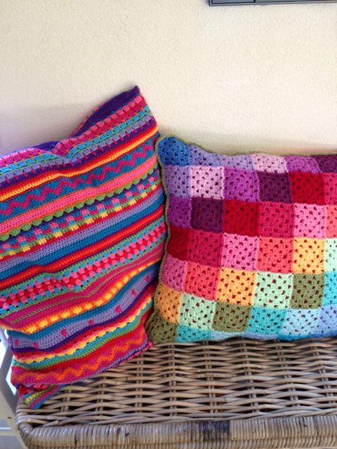 inspiratie kleurrijke kussens (eventueel in de kleuterklas tijdens thema kleuren)