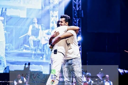 Sonu Nigam and Atif Aslam perform at Dubai 10 September 2015