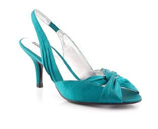 Barratts Slingback Sandal With Ruche Detail Ruche detailProduct name: Poppy http://www.comparestoreprices.co.uk/womens-shoes/barratts-slingback-sandal-with-ruche-detail.asp