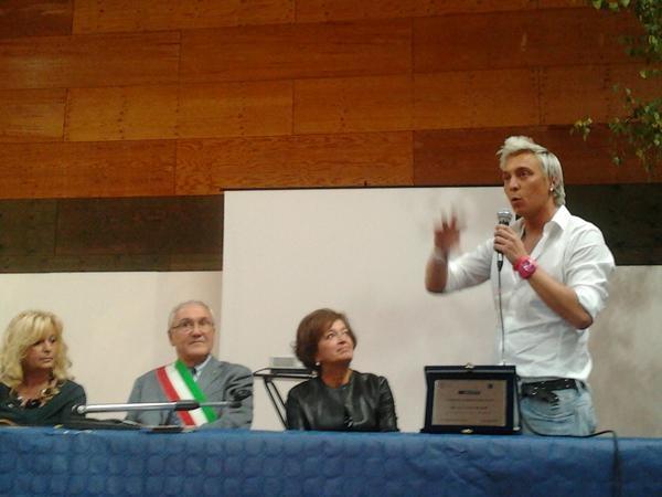 Premio Artioli allo chef Andrea Mainardi. Dal blog newsandfoodies #InBianco12 #chef